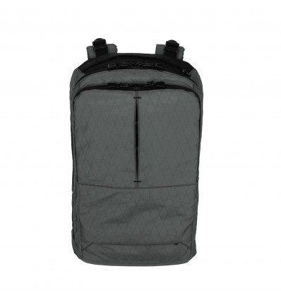 Triple Aught Design Axiom 18 Pack - outpost-shop.com